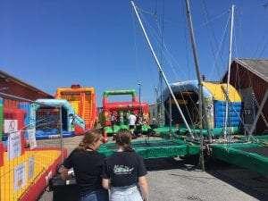 Super jumper til Aalbæk havnefest i uge 28